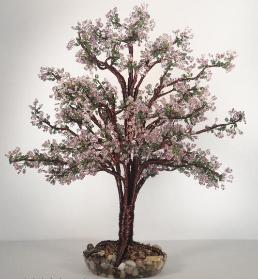цветущая яблоня из бисера