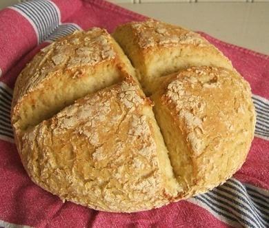 испечь хлеб в мультиварке Поларис