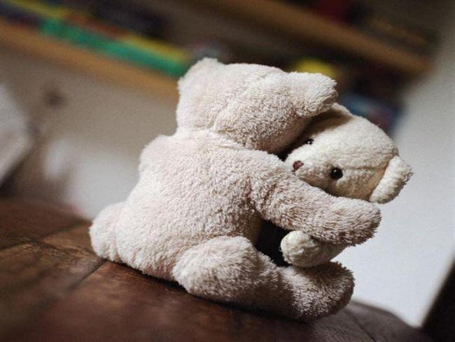 Могут ли четыре объятия в день спасти ваш брак?
