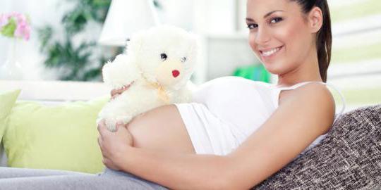 можно красить волосы во время беременности