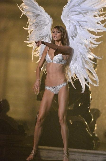 как стать ангелом с крыльями