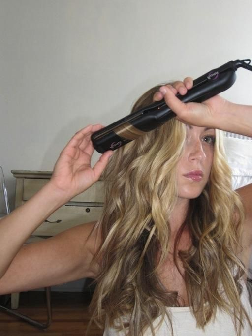 пышные волнистые волосы