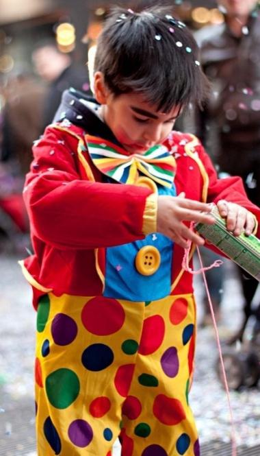 Новогодние костюмы для детей своими руками: за и против, варианты, советы