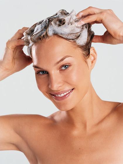 Окрашивающие средства: оттеночные бальзамы для волос и шампуни