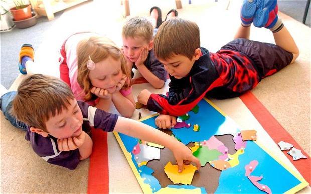 Определяем готовность детей к школе: стоит ли ждать до 7 лет?