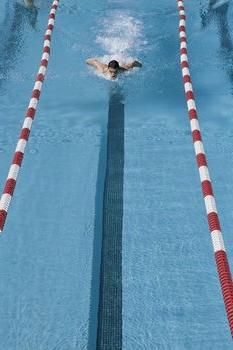 расход калорий при плавании