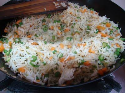 Отварной рис – низкокалорийное блюдо