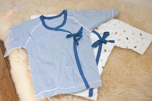 Пеленка, ползунки, слип, распашонка для новорожденного – собираем приданное для малыша