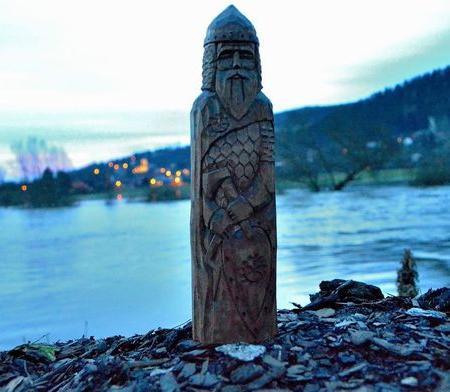 Перунов день - праздник в честь покровителя воинов и землепашцев
