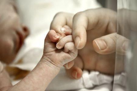 первые дни жизни новорожденного дома