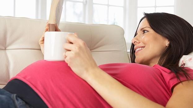 какие выделения на ранних сроках беременности