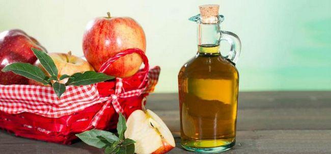 Почему вы должны умываться с яблочным уксусом?