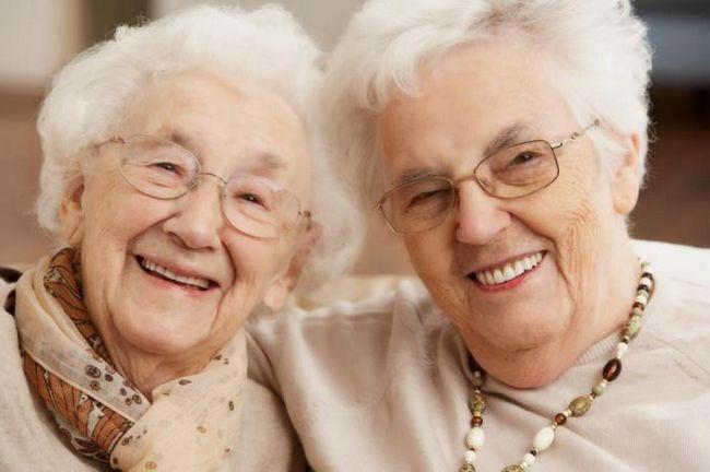 Почему женщина с возрастом все больше нуждается в друзьях?
