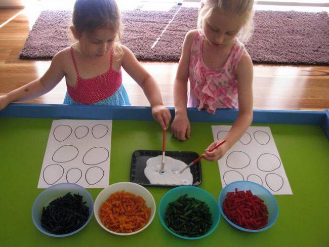 поделки к пасхе своими руками с детьми из макарон