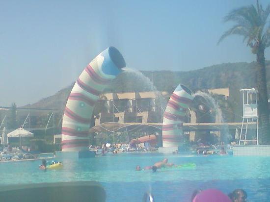 температура воды в Турции в июне