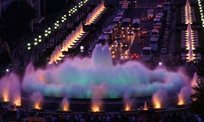 Поющие фонтаны... Барселона...страна колдовства и грез