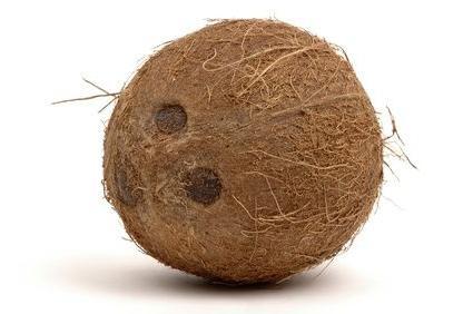 Полезные советы: как разделывать кокос