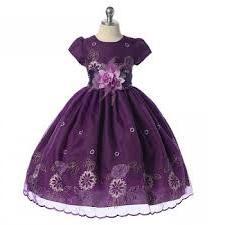 Праздничное платье - выбор для принцессы