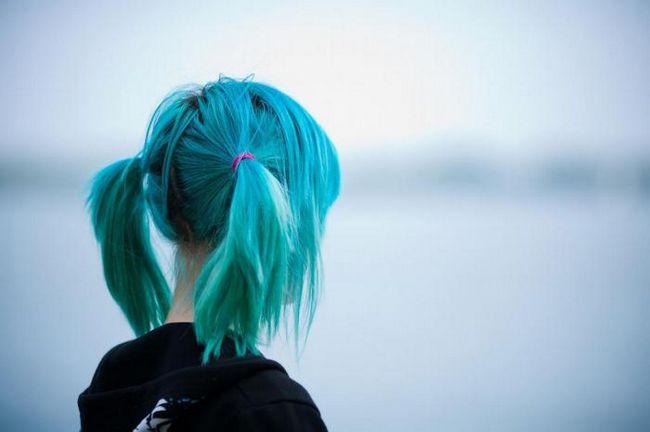 Прежде чем окрашивать волосы в безумные цвета, узнайте эти 13 секретов