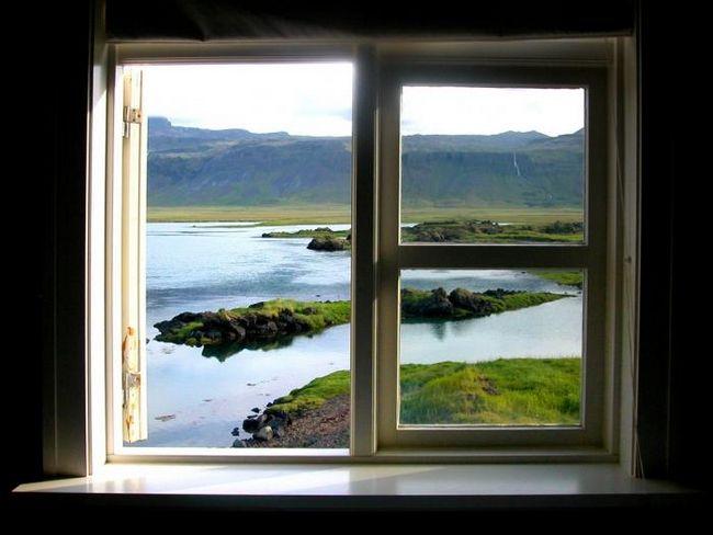Разбираемся, какие окна лучше: пластиковые или деревянные