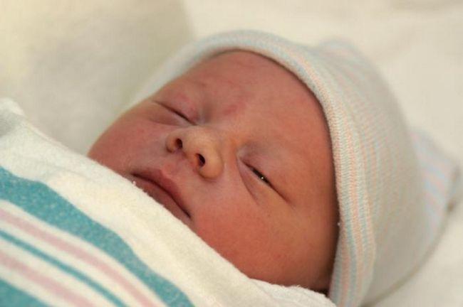 Развитие в первый месяц жизни новорожденного