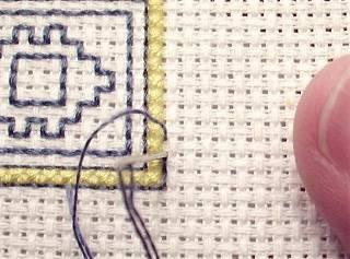Решаем задачу о том, как научиться вышивать крестиком