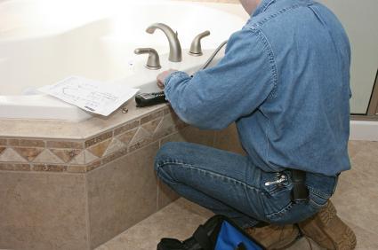 С чего начать ремонт в ванной комнате и как им правильно заняться?