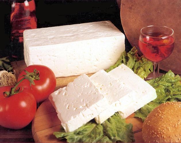 Салат с сыром фета: быстро, просто вкусно!