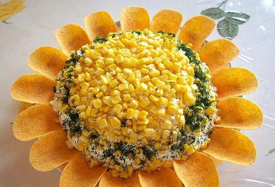 рецепт салата солнышко с чипсами