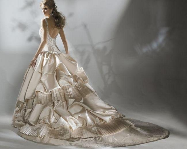 Самое красивое свадебное платье в мире - какое оно?