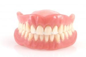 Протезирование зубов. Съемные протезы.