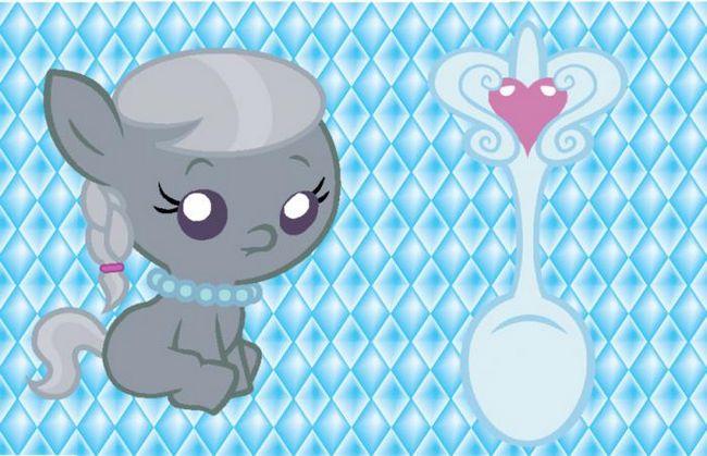 Серебряная ложка для ребенка. Чем не подарок?