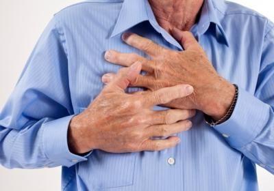 какие симптомы при повышенном давлении