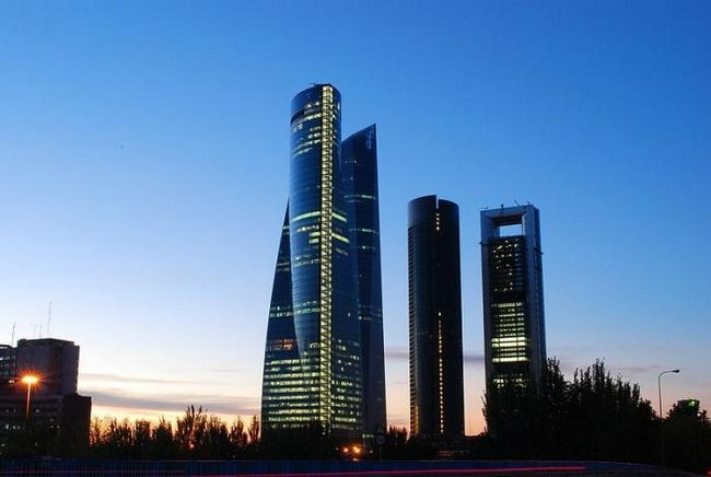 Сколько лететь до Испании из Москвы