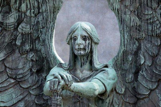 ангелы в скульптуре и рельефе