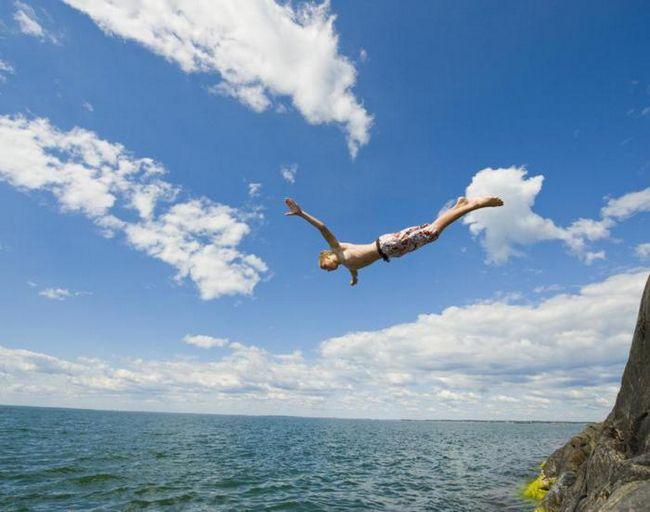 Старше, но мудрее: почему с возрастом люди отказываются от рискованного поведения