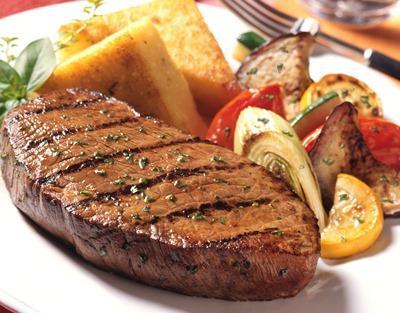 Стейк из говядины – рецепт с ноткой классики