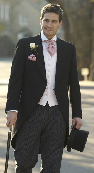 Свадебный костюм для мужчин: как выбрать?