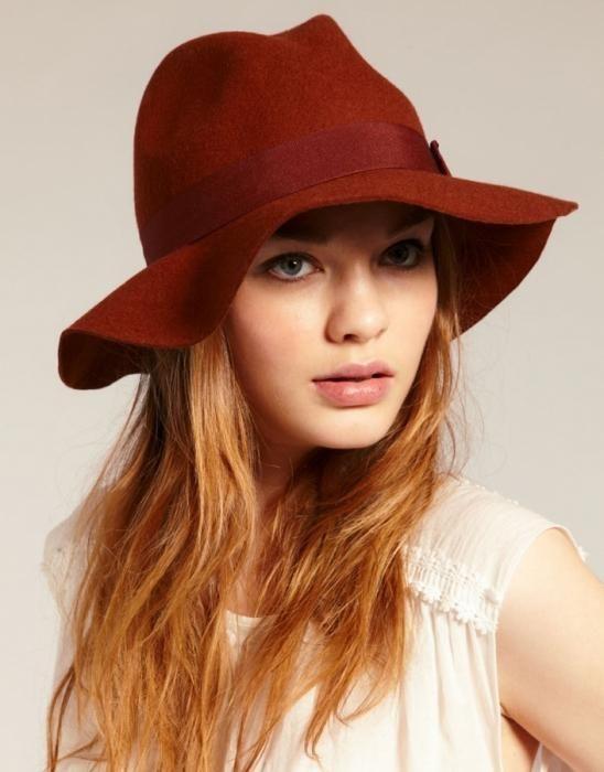 Такая элегантная женская шляпа…