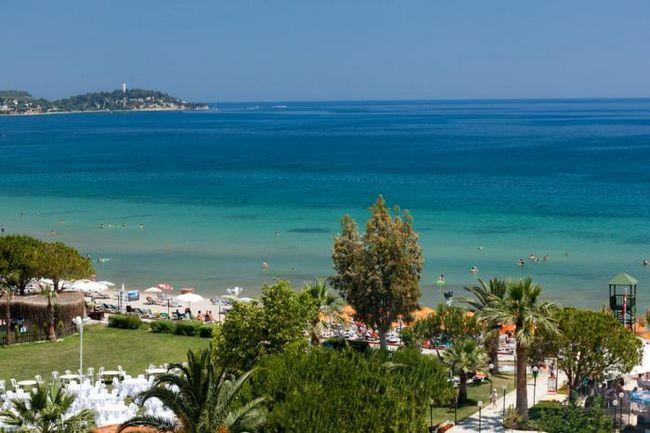 какая температура в греции в сентябре