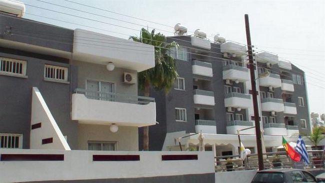 the palms hotel apts