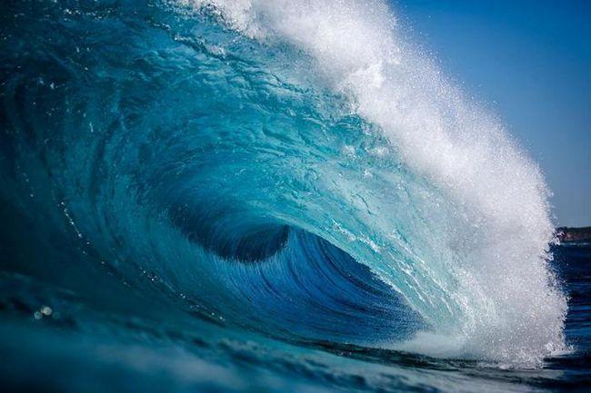 Удивительные работы влюбленного в океан фотографа