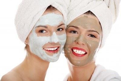 Уход за собой: маски из белой глины для лица