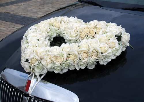 украшение машин на свадьбу,