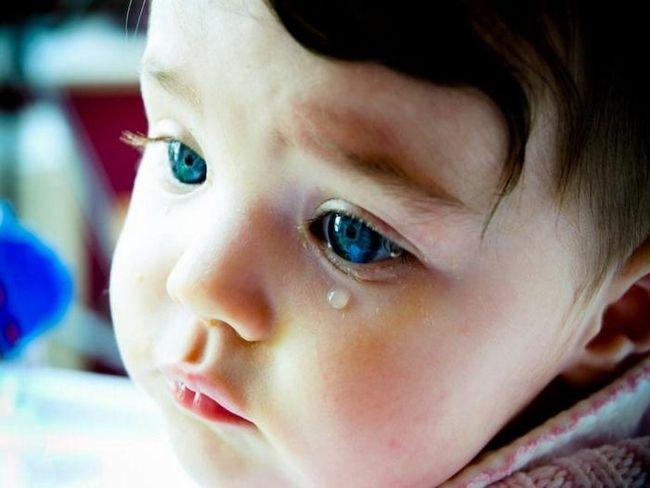 Узнайте основные причины, почему дети плачут