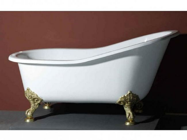 Ванна на ножках. Особенности конструкции, преимущества и недостатки