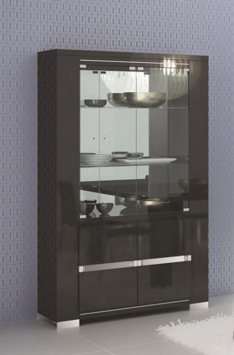 шкафы витрины стеклянные для гостиной